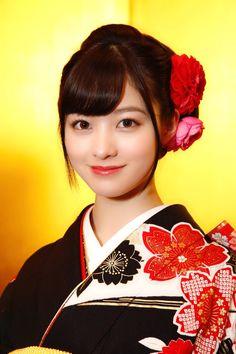 Japanese Kimono, Japanese Girl, Kim Joong Hyun, Asian Eyes, Pretty Photos, Character Modeling, Japanese Outfits, Japanese Artists, Beautiful Asian Women