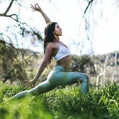 Yoga poses offer numerous benefits to anyone who performs them. There are basic yoga poses and more advanced yoga poses. Here are four advanced yoga poses to get you moving. Yoga Images, Yoga Photos, Yoga Pictures, Yoga Pics, Beach Pictures, Yoga Inspiration, Yoga Fitness, Fitness Workouts, Mode Yoga