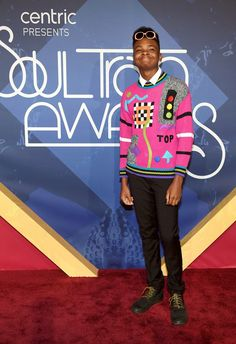 Internet Personality Jay Versace Stops By The Soul Trains Awards Red Carpet!