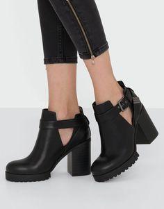 Pull&Bear - femme - chaussures - tout afficher - bottine à talon ajourée - noir - 15200111-I2016
