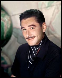 Image detail for -Errol Flynn Image 111 sur 162 Errol Flynn, Old Movie Stars, Classic Movie Stars, Actors Male, Actors & Actresses, Classic Hollywood, In Hollywood, Vintage Hollywood, Movie Theater