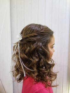 Girls: Hairstyles for school Communion Hairstyles, Dance Hairstyles, Flower Girl Hairstyles, Little Girl Hairstyles, Hairstyles For School, Wedding Hairstyles, Girl Hair Dos, Girl Short Hair, Pageant Hair