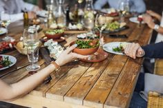 Destination Winelands: Top restaurants with vineyard views. Real Food Recipes, Great Recipes, Bridal Shower Venues, Famous Gardens, Bridesmaid Makeup, Top Restaurants, Perfect Food, Cape Town, Wedding Tips