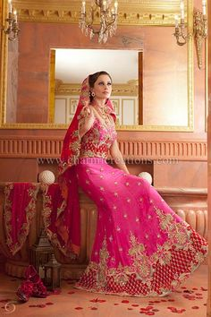 Wedding Lenghas - Pink wedding lengha with red velvet border and a two tone georgette dupatta with scalloped edge