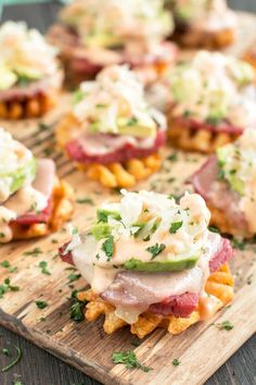 Avocado Reuben Bites have everything you love about a Reuben in each bite. These will definitely get the party started! #appetizers #reuben