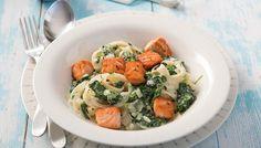 Ein leichtes Rezept für cremige Pasta mit Lachs und Spinat und viele weitere cremige und leichte Kochrezepte finden Sie bei rama-cremefine.de.