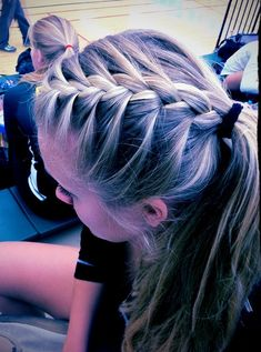 Twist Braid HairStyles: French braid ponytail!!