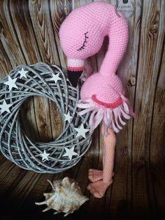 amigurumi crochet flamingo
