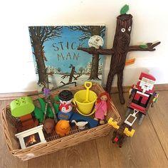 Stick Man story basket Too Cool For School, School Stuff, Book Area, Story Sack, Treasure Basket, Reggio Classroom, Nursery Activities, Stick Man, Brown Bears