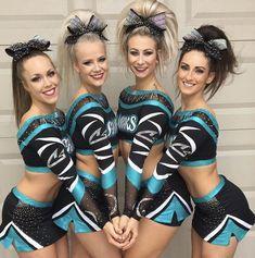I love the cheer sport great white sharks 💙🎀😇 Cheer Abs, Cheer Stunts, Cheer Dance, Cheerleading Videos, Cheerleading Cheers, Cheer Picture Poses, Cheer Poses, Photo Poses, Great White Sharks Cheer