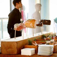 Brunch Wedding Menu Buffet New Ideas Wedding Reception Food, Brunch Wedding, Wedding Catering, Wedding Menu, Wedding Receptions, Wedding Ideas, Rustic Wedding, Wedding Foods, Wedding Vintage
