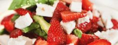 Spargelsalat mit Erdbeeren und Feta Recipe for asparagus salad with strawberries and feta cheese: A summery, lukewarm asparagus salad with Low Calorie Salad, 100 Calorie Snacks, Low Calorie Recipes, Healthy Recipes, Salad Recipes, Asparagus Salad, Asparagus Recipe, Feta Salat, How To Cook Quinoa