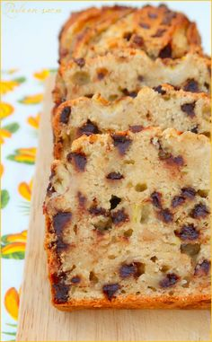 Banana bread ou cake à la banane {vegan} - Perle en sucre - Veganer Kuchen Banana Cake Vegan, Banana Bread Easy Moist, Banana Bread Muffins, Healthy Banana Bread, Chocolate Chip Banana Bread, Chocolate Chip Recipes, Healthy Zucchini, Zucchini Bread, Vegan Cake