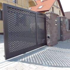 Kovová brána a plot v Bernolákove - Rostaco Steel Gate Design, Main Gate Design, House Gate Design, Gate Designs Modern, Welded Metal Projects, Metal Facade, Expanded Metal, Archi Design, Grill Design