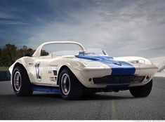 Rating and specs of Chevrolet Corvette Grand Sport Roadster - top speed 260 kph, power 485 hp. Chevrolet Corvette, Corvette C2, Classic Corvette, Chevy, Corvette Grand Sport, Old Vintage Cars, Vintage Racing, Rat Rods, Cars
