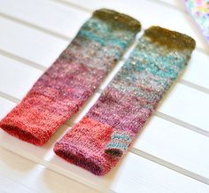 Handmade fingerlessgloves  @knittedmood