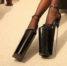 Imagem de aesthetic, fashion, and shoes Extreme High Heels, Super High Heels, Hot High Heels, Platform High Heels, High Heels Stilettos, High Heel Boots, Heeled Boots, Stiletto Heels, Shoe Boots