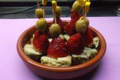 Pincho de alcachofa con fresas