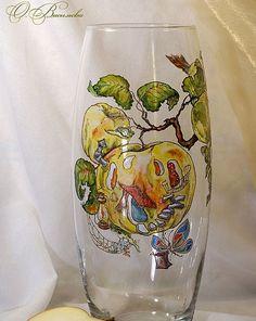 Tamamı el boyaması olan bu cam vazolar sadece bilgi değil yetenek de gerektirecek türden