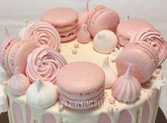 Sněhové pusinky - Víkendové pečení Oreo Cupcakes, Getting Hungry, Pavlova, Royal Icing, Macarons, Meringue, Sweet Recipes, Baked Goods, Coffee Shop