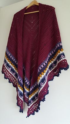 This is my second Sunday Shawl. Hooked this in a thicker yarn than called for in the pattern - aran weight instead of DK. It has turned out fabulous and cuddly. I am very happy with the colour comb...
