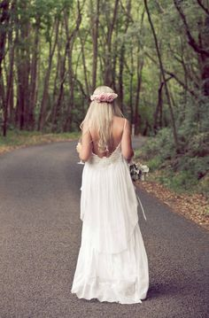 flowing boho wedding dress. Post on How to have a simple relaxed summer wedding