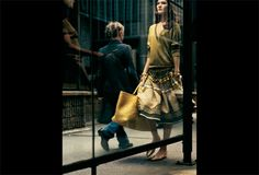 """bottegaveneta: """" Spring-Summer 2005 featuring Philip - Lorca diCorcia In this campaign, shot with the artist Philip-Lorca diCorcia, Bottega Veneta left the studio and headed to Wall Street. DiCorcia was an inspired choice to navigate the transition. Photography Exhibition, Book Photography, Beauty Photography, Street Photography, Fashion Photography, Portrait Photography, Connecticut, Feminine Tomboy, Great Photographers"""