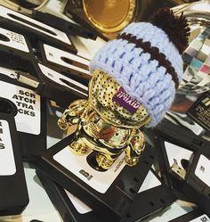 #gold #beanie #music #speakers #streetstyle #streetwear #streetart #fashionista #milano #paris #newyork #la #tokyo #barcelona @scout_scout @scratchtracks @imixid @yellowratbastardnyc #cassette #