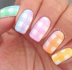 Look at this awesome gradient inspired plaid nail art design. Using a white base coat, the nails are then topped with gradient nail polish colors in stripes overlapping each other. Plaid Nail Designs, Plaid Nail Art, Plaid Nails, Winter Nail Designs, Halloween Nail Designs, Nail Art Designs, Plaid Design, Gradient Nails, Rainbow Nails