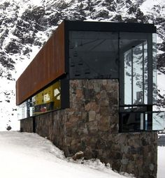 SKIBOX Portillo, V Region, CHILE. Max Nunez Architectos