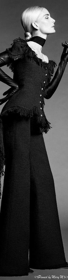 Ashi Studio, White Fashion, Fashion Photography, Photoshoot, Gowns, Couture, Black And White, Runway, Beautiful