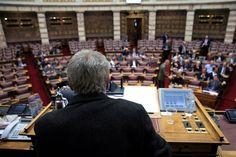 Έντονες αντιπαραθέσεις και υψηλοί τόνοι στο Κοινοβούλιο για το ζήτημα των επιδομάτων τριτέκνων – πολυτέκνων, αλλά, σύμφωνα με πληροφορίες, και στο εσωτερικό του ΣΥΡΙΖΑ, από τις διατάξεις Φωτίου,