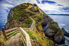 Punta Socastro (O Fuciño do Porco) en O Vicedo #Galicia vía @talesofawanderer #SienteGalicia