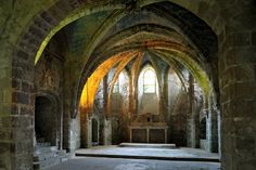 Crypte de l'abbaye St-Léger de Soissons by Philippe_28, via Flickr    Most definitely Nargothrond