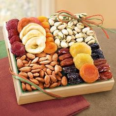 Pacific Coast Classic Dried Fruit Tray Gift, (gift basket, gift idea, fruit and nut gift, fruit gifts)