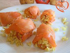 Involtini di salmone affumicato e riso speziato http://www.cuocaperpassione.it/ricetta/d81a1f4c-9f72-6375-b10c-ff0000780917/Involtini_di_salmone_e_riso_speziato