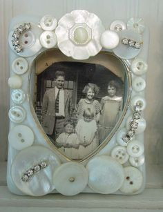 ♥#frame #buttons / white buttons framing an old family photo