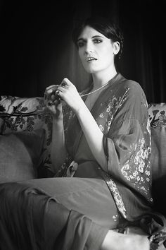 Florence Welch; love her look so much! She is like a living Renaissance painting.