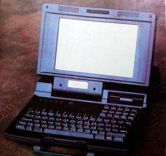 Първият български лаптоп? :http://www.sandacite.bg/първият-български-лаптоп/