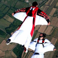 Humans Flying in Wing Suits!