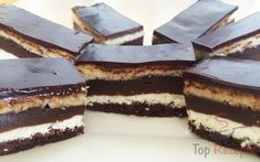 Quarkschnitten mit Schokopudding – FOTOANLEITUNG Czech Recipes, Ethnic Recipes, Tiramisu, Entrees, Cheesecake, Sweets, Food And Drink, Baking, Cakes