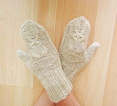 Hand Knitt Owl Mittens Women Mittens Beige Owl by evefashion, £18.00