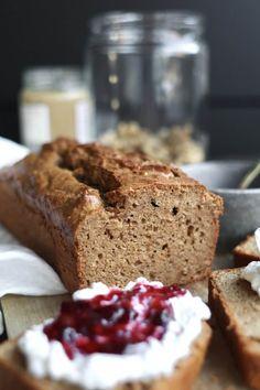 Koolhydraatarm notenpasta brood - Beaufood Keto Recipes, Healthy Recipes, Good Food, Yummy Food, Batch Cooking, Banana Bread, Healthy Snacks, Food And Drink, Tasty