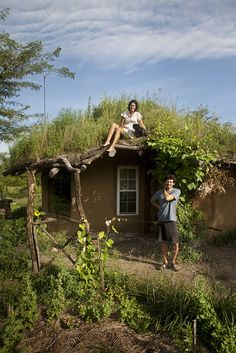 cob house....I really love this house...it must be satisfying and fun to live here!