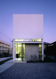 RC造の家|白い外観|注文住宅・自由設計・建築家と建てる家|アーキッシュギャラリー
