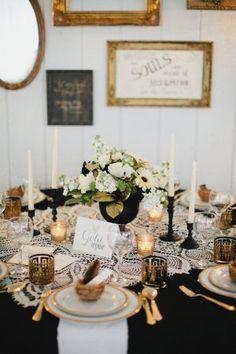 Black table cloth with lace - so pretty #wedding #gold #goldblack #tablescape #chic