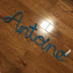 Antoine - mot enlainé