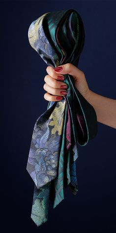 Discover our modern cut Burberry ties in printed silk, from tapestry designs to classic check.
