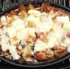 Mediterrane Hähnchen-Gemüse-Pfännchen sind sehr lecker und saftig. Der Cherry-Chipotle Rub verleiht dem Ganzen einen fruchtig pikante Geschmacksnote.