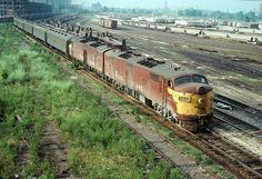 RockIsland commuter train Roosevelt Rd July 1977
